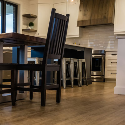 Big-Ben_AquaWood_Camber-Sands_Beckham-Brothers_Waterproof-Flooring_Kitchen